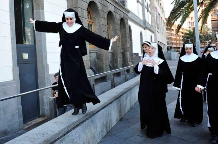ACTRICES SISTER ACT EN VEGUETA.