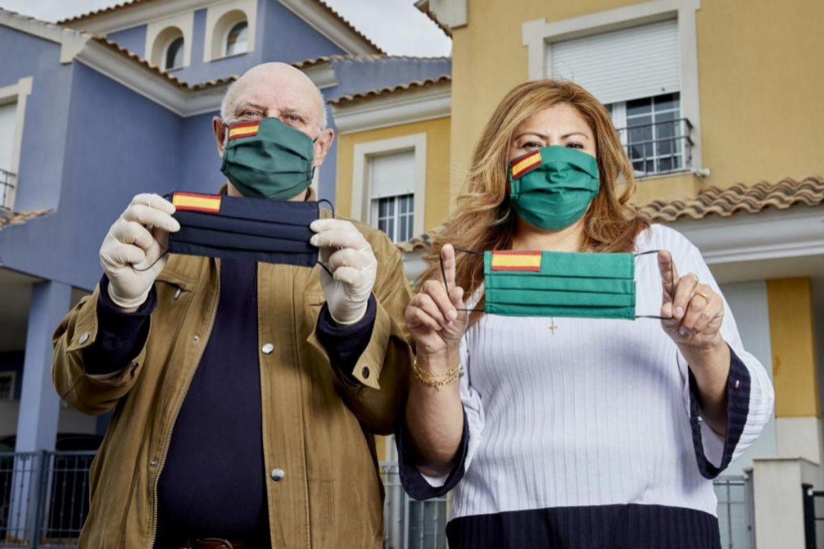 Las mascarillas con bandera de España ya están ayudando a localizar compatriotas dentro del país